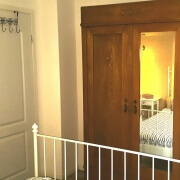 Apartment Pinia Schlafzimmer&Kleiderschrank