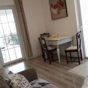 Apartment Agava Schlafcouch&Essbereich