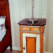Superiorzimmer Nostalgia Bett&Nachtschrank&Leselampe