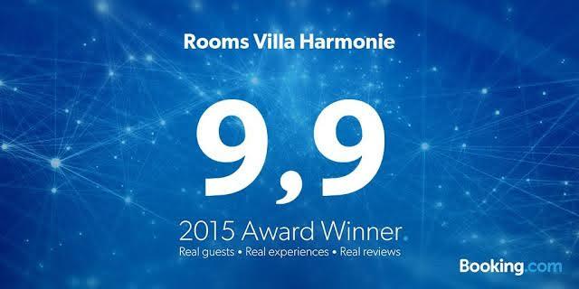"""Villa Harmonie Weltmeister in der Kategorie """"Champions breakfast""""von bookingsbest des grossten Reiseportals der Welt Booking.com"""