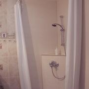Gartenzimmer Akazia Duschbereich Badezimmer