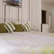 Gartenzimmer Akazia Doppelbett& Flur