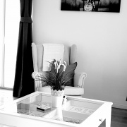 Superiorapartment Palamida Wohnzimmeransicht&Balkon. Entspannen im Urlaub am Meer