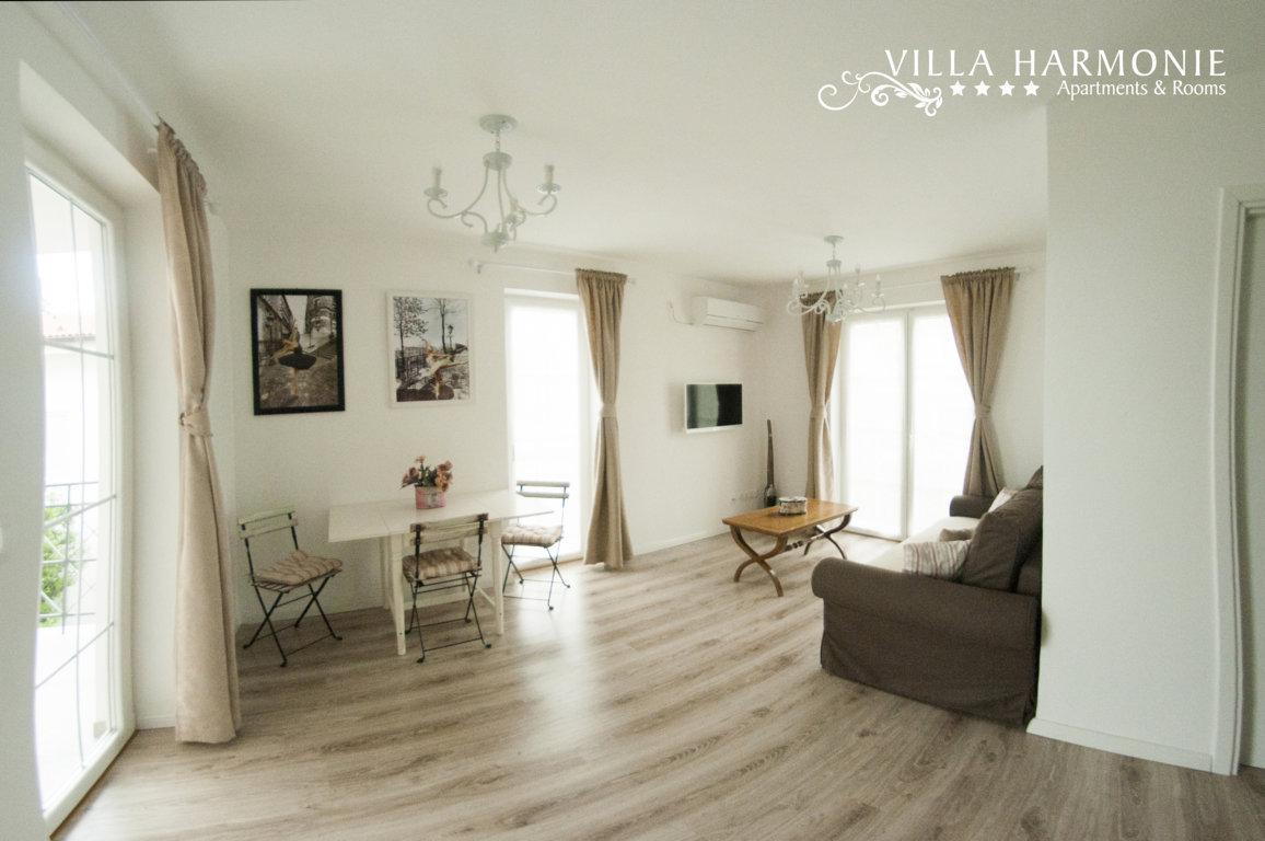 Apartment Pinia Wohnzimmermit Klima&TV Villa Harmonie