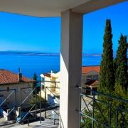 Terrasse&Aussicht auf die Insel Krk